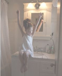 Oh Mackenzie, she´s so cuteeee Mackenzie Foy, Christopher Nolan, Thylane Blondeau, Cute Young Girl, Baby Mine, Happy Pictures, Interstellar, Painting For Kids, Child Models