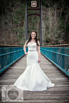 Bridal pictures at the Ocoee White Water Center in Chattanooga, TN by Amanda May Photos
