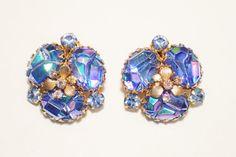 Alice Caviness Blue Molded Glass Rhinestone Flower by GliterzbySal