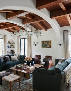 The full before and after reveal of Client What's The Story Spanish Glory, a Spanish-style home in California designed by Amber Lewis of Amber Interiors. Living Room Trends, Living Room Inspiration, Living Room Designs, Living Room Decor, Style At Home, Style Toscan, Simple Style, Mediterranean Living Rooms, Mediterranean Style