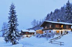Haus Gerhart Winterzauber Hotels, Cabin, House Styles, Travel, Bergen, Den, Home Decor, Holiday Destinations, Destinations