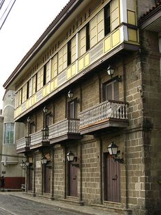 Traditional Asian Architecture - Page 2 - SkyscraperCity Filipino Architecture, Philippine Architecture, Tropical Architecture, Spanish Architecture, Vernacular Architecture, Historical Architecture, Architecture Design, Modern Filipino House, Filipino Interior Design