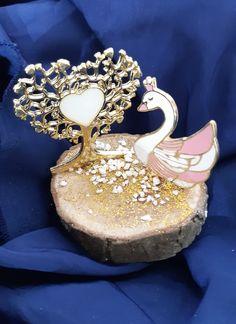 Δώρα-γούρια μπομπονιέρες..!ΧΟΝΤΡΙΚΗ-ΛΙΑΝΙΚΗ www.in-gouria.gr 2107709905 Crown, Jewelry, Fashion, Moda, Corona, Jewels, Fashion Styles, Schmuck, Jewerly