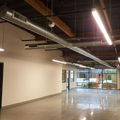 Tech air making this ductwork look good. . .  #custom #modern #commercial #coronado #sandiego #techairsd #hvac #hvacsandiego #hvacsd #exposedductwork  #remodel #mechanical #sharetogetair #sandiegoconnection #sdlocals #coronadolocals - posted by TechAirSD https://www.instagram.com/techairsd. See more post on Coronado at http://coronadolocals.com