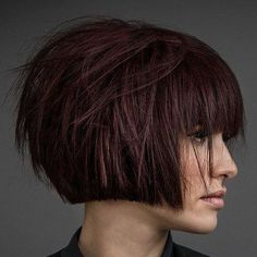 45 Modern Bob Haircuts and Hairstyles Guide) Textured Short Bob with Bangs - Top Modern Bob Hairstyles Modern Bob Haircut, Modern Bob Hairstyles, Inverted Bob Hairstyles, Bob Hairstyles For Fine Hair, Japanese Hairstyles, Korean Hairstyles, Short Bobs With Bangs, Bobs For Thin Hair, Short Hair Cuts