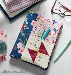 Wrap a notebook for class or work with a cover that has a butterfly block front pocket. Sewing Hacks, Sewing Projects, Sewing Tutorials, Sewing Tips, All People Quilt, Quilt Patterns, Sewing Patterns, Fabric Pen, Fabric Squares