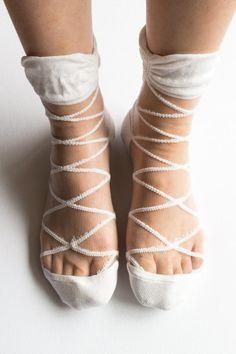 Women New Hezwagarcia Intimate Mono Cross Geometric Pattern Nylon Sheer White Ankle Socks Hosiery Gift