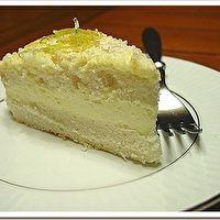 Olive Garden® Lemon Cream Cake
