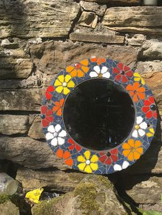 Mosaic Mirrors, Mosaic Art, Stained Glass Patterns, Mosaic Patterns, Cartoon Sun, Mirror Work, Glass Marbles, Picture Frames, Tiffany