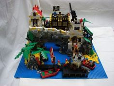 Piratey Island!: A LEGO® creation by Romany Woodhouse : MOCpages.com
