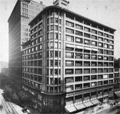 Carson, Pirie, Scott and Company Building. Louis Sullivan. 1899. Chicago, Illinois.