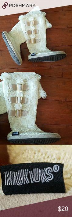 MUK LUK IVORY CROCHET BOOTIES MUK LUK IVORY CROCHET BOOTIES.  Worn twice  size Small 5-6 Muk Luks Shoes Slippers