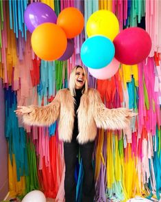 Color, fringe, and balloons! Rainbow Birthday, Birthday Diy, Birthday Parties, Birthday Ideas, Pop Art Decor, Art Pop, Balloon Decorations, Birthday Decorations, Pop Art Party