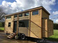 This is the Mio by Covo Tiny Houses in Portland, Oregon. Thoughtfully designed with the knowledge worker in mind, the Covo Mio is packed with features that make working from home a technological jo…
