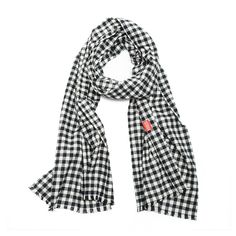 """The TINY PILOT SCOUGHis more than just an awesome stylish scarf, it's weapon's grade germ and pollution protection we call Filterwear. Each Scough comes with an activated-carbon filter, the same technology the military uses to protect against chemical warfare.Product details:Black and white small checkered flannel scarf. Actual colors may vary from the color on your screen due to the variations in screen settings. 100% Cotton 18"""" W x 70"""" L Unisex 1/2"""" fringe at both ..."""