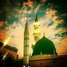 Masjid Haram, Al Masjid An Nabawi, Islamic Decor, Islamic Wall Art, Islamic Images, Islamic Pictures, Medina Mosque, Mecca Kaaba, Mosque Architecture