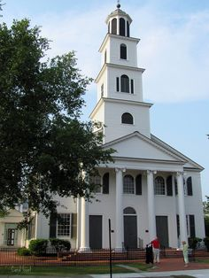 First Presbyterian Church, New Bern, NC. The church was organized January 7, 1817 by John Witherspoon, grandson of a signer of the Declaration of Independence.