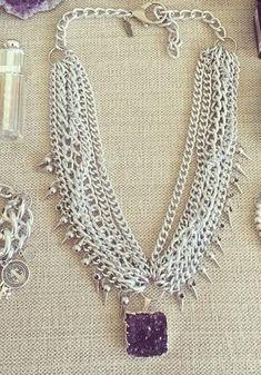 Pechera Rocker Drusa Wedding Jewelry, Diy Jewelry, Handmade Jewelry, Jewelry Design, Tassel Necklace, Choker Necklaces, Beauty Shop, Sea Glass Jewelry, Costume Jewelry