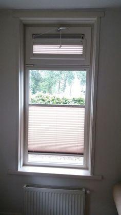 raamdecoratie op kunststof kozijnen wat toch een mooi systeem