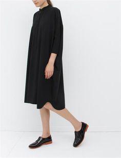 MM6 by Maison Martin Margiela Wide Fluid Dress- Black