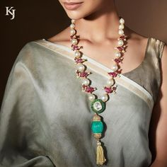 Traditional bird motif necklace made with diamond polki ruby and emerald. Stunning long haaram studded with pearl rubies and emeralds. Mom Jewelry, Tassel Jewelry, Emerald Jewelry, India Jewelry, Beaded Jewelry, Jewelry Design, Long Beaded Necklaces, Silver Jewellery, Glass Jewelry