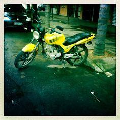 A primeira razão exposta pelos entrevistados que participaram do estudo de percepção, do Ipea acerca do motivo para usarem motocicletas foi o fato de 'ser mais rápida'. Algumas pessoas disseram, ainda, que a moto é 'mais barata' e permite 'sair em horário adequado'.
