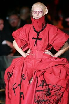 Galliano for Dior couture collection, summer 2006 (BB)