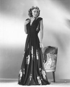 Barbara Stanwyck, publicity photo