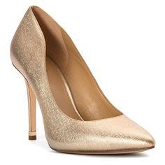 MICHAEL Michael Kors Women's Arianna Pump Pale Gold 8.5 M MICHAEL Michael Kors http://www.amazon.com/dp/B018JZKPV6/ref=cm_sw_r_pi_dp_r-T-wb1DTAJTP