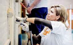 anythingandeverythingroyals:   Queen Maxima took part in the NLDoet Project from the Oranje Fonds, helping to refurbish a house, March 21, 2015