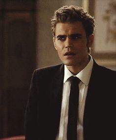 that face though😂 Paul Wesley Vampire Diaries, Vampire Diaries Memes, Vampire Diaries Stefan, Vampire Diaries Wallpaper, Vampire Diaries The Originals, Estefan Salvatore, Damon And Stefan, Vampier Diaries, Bae