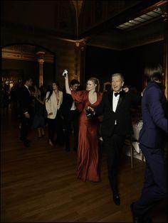 Zelfs Lara en Mario waagde nog een dansje in het Rijksmuseum - Vogue's Big Birthday Dinner: Polonaise onder de Nachtwacht