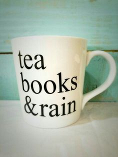 cute mugs book nerd Check out these coffee mugs that you should really buy Chai, Tea And Books, I Love Books, Big Books, Read Books, Tea Quotes, Book Quotes, Writing Quotes, My Cup Of Tea