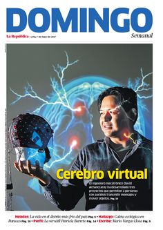 #Magazine #cover of Domingo of La República #newspaper. To see more pages click Foto de Mauricio Malca