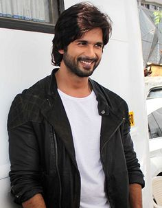 40 Best Hair Styles Images Shahid Kapoor Bollywood Stars