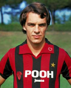 Joe Jordan (AC Milan, 1981–1983, 52 apps, 12 goals)
