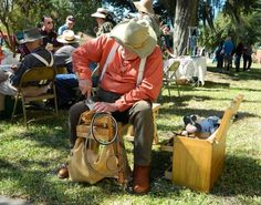 Watch artisans carve wood using the hand tools of our pioneers at Cracker Country.