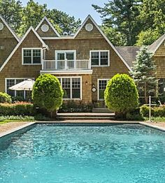 Ranking Hamptons towns by affordability