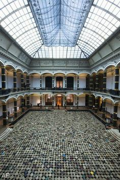 Ai Weiwei: 6000 traditional Chinese wooden stools in the Martin-gropius-Bau, Berlin
