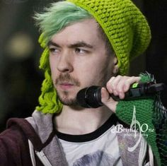 Jack looks like he is about to drop the dopest mixtape of 2017 Mark And Ethan, Jack And Mark, Jacksepticeye Memes, Pewdiepie, Sean William Mcloughlin, Darkiplier, Youtube Gamer, Septiplier, Irish Boys