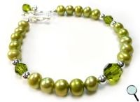 Freshwater pearl bracelet - olive