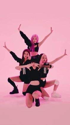 Kpop Girl Groups, Korean Girl Groups, Kpop Girls, Yg Entertainment, Blackpink Funny, Picsart, Skinny Inspiration, Black Pink Kpop, Bts Concept Photo