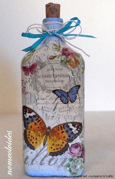 Discussion on LiveInternet - Russian Online Diaries Service Glass Bottle Crafts, Wine Bottle Art, Painted Wine Bottles, Bottles And Jars, Decoupage Art, Decoupage Ideas, Jar Art, Altered Bottles, Bottle Painting