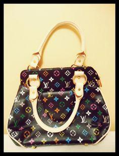 www.deardesignerhandbags.com .new bags whoelsale ♥♥♥♥♥