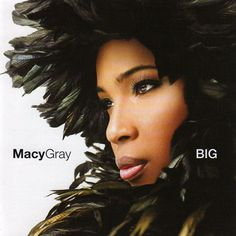 Macy Gray, the American R&B and soul singer-songwritter, record producer, and actress, famed for her distinctive raspy voice. Soul Music, Music Is Life, My Music, Raspy Voice, Woman Singing, Grey Pictures, Macy Gray, Soul Singers, Music Station