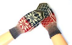 #Handmade #knitting #handknitted #knitted #knit #Аксессуары  #Перчатки и #варежки  #Mittens #Muffs #mittenssocksshop  #WoolMittens  #Warm #Wool #Winter #Gloves #Patterned mittens  #ScandinavianGloves  #NorwegianMittens #Scandinavian #nordic #norwegian #selbuvotter #NordicMittens  Hand Knitted Mittens with #pattern Warm #wool #gloves  #votter