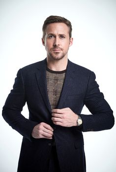 Ryan Gosling se enfunda en looks effortless para Magazine Matthew Gray Gubler, Colin Firth, James Mcavoy, Jake Gyllenhaal, Michael Fassbender, Ryan Gosling Style, Ryan Thomas, Gq Style, Attractive Men