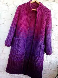 Discover thousands of images about batik-desenli-mor-orgu-uzun-bayan-hirka - Crochet Coat, Crochet Cardigan Pattern, Crochet Jacket, Knitted Coat, Crochet Clothes, Crochet Yarn, Tie Dye Long Sleeve, Long Sleeve Sweater, Batik Pattern