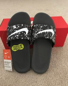 Nike Slides on Mercari Nike Slippers, Mens Slippers, Nike Sfb Boots, Short Box Braids Hairstyles, Jordan Shoes For Women, Nike Sandals, Hype Shoes, Fresh Shoes, Swag Outfits