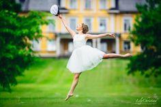 LilyChristina Photography, ylioppilaskuvaus, ylioppilaskuva, yo kuva, yo-kuva, ylioppilas, kiialan kartano, muotokuvaus, portrait, dance, dancer Photoshop Tips, Photo Ideas, Dancer, Graduation, Joy, Children, Photography, Beautiful, Students